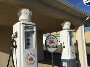 golden-valley-gas-pumps-nov-2016-copy